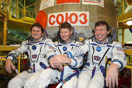 soyuz-tma-14-crew-photo