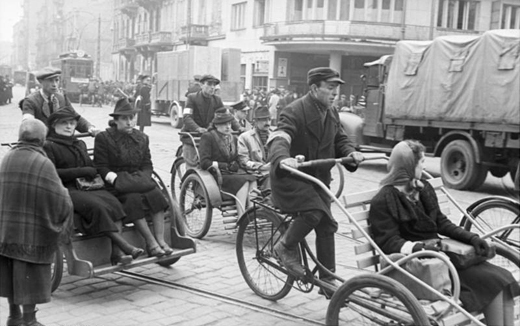 Urban Transport Warsaw Ghetto 1941, Archive of the Federal Republic of Germany